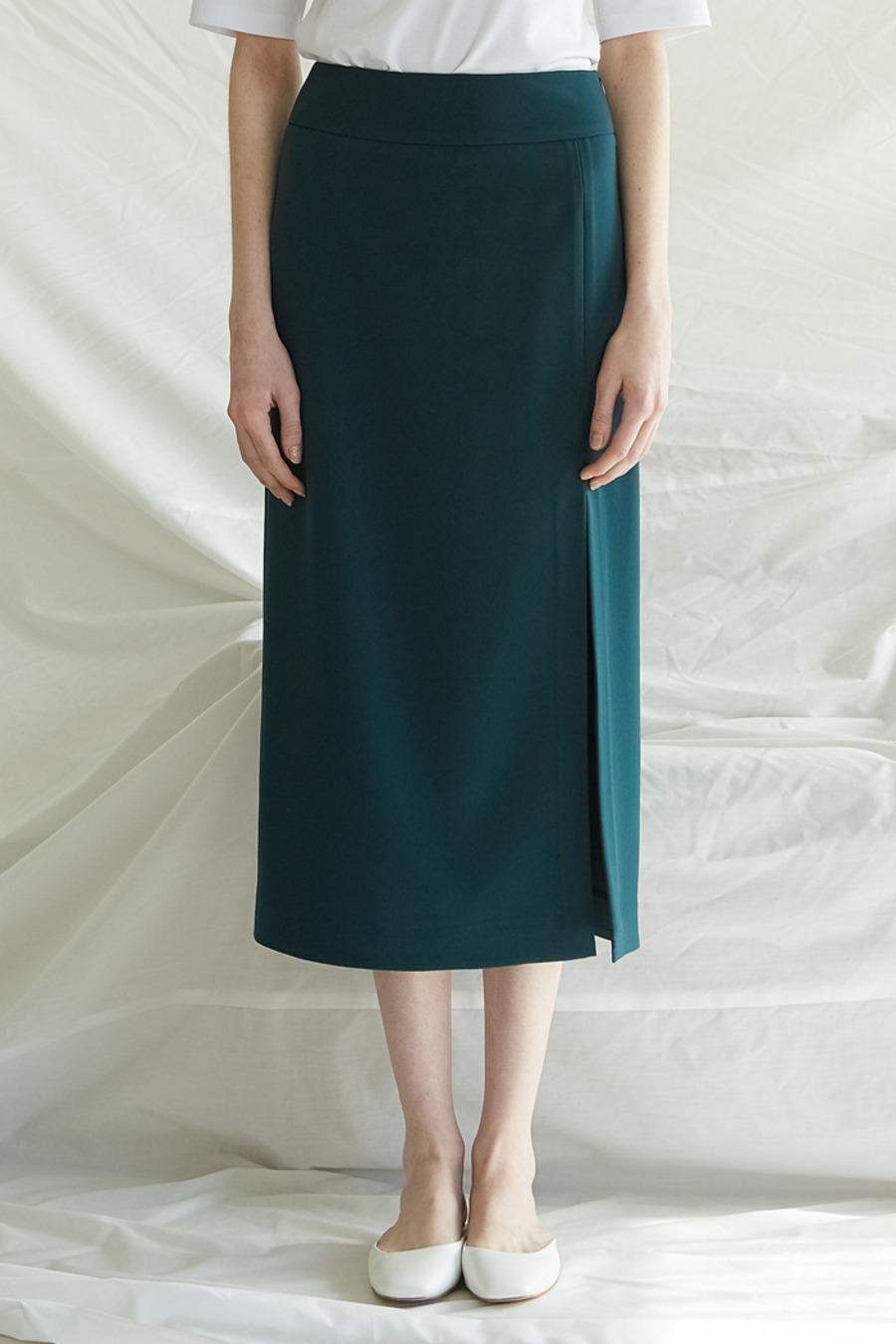 SLIT LONG SKIRT - GREEN