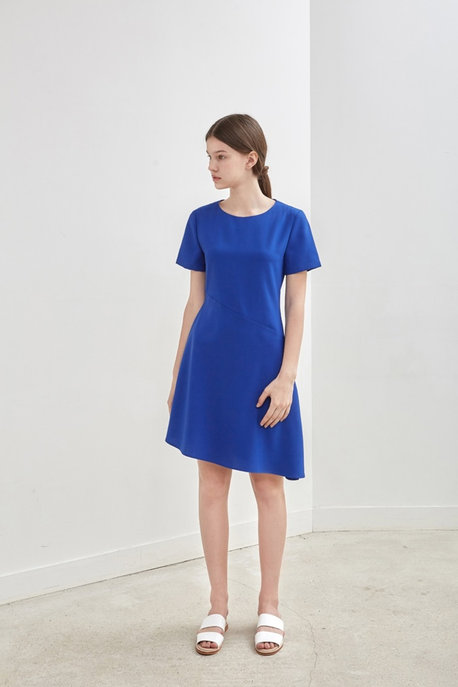 OBLIQUE FLARED DRESS - BLUE