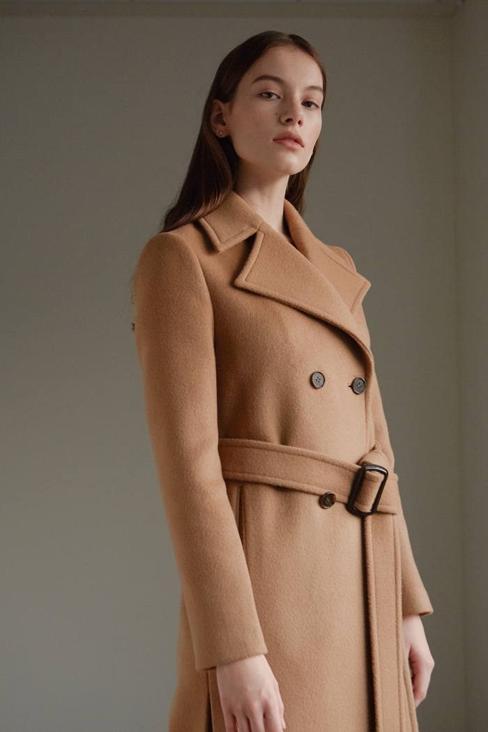 SLIT DOUBLE BREASTED COAT - CAMEL