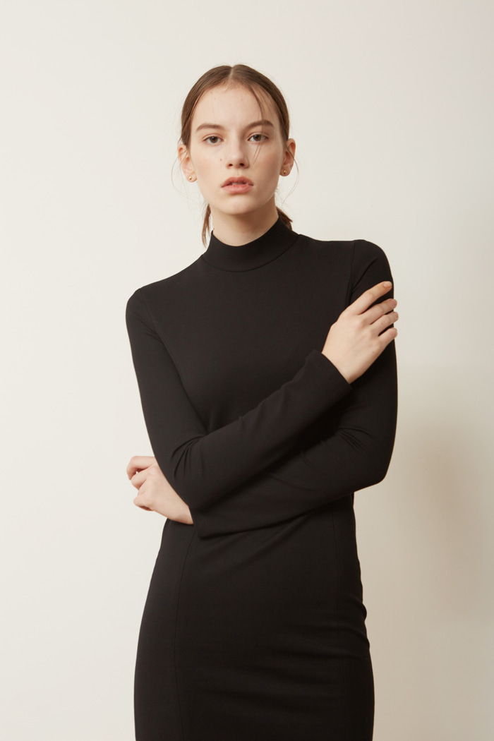 HALF NECK DRESS - BLACK