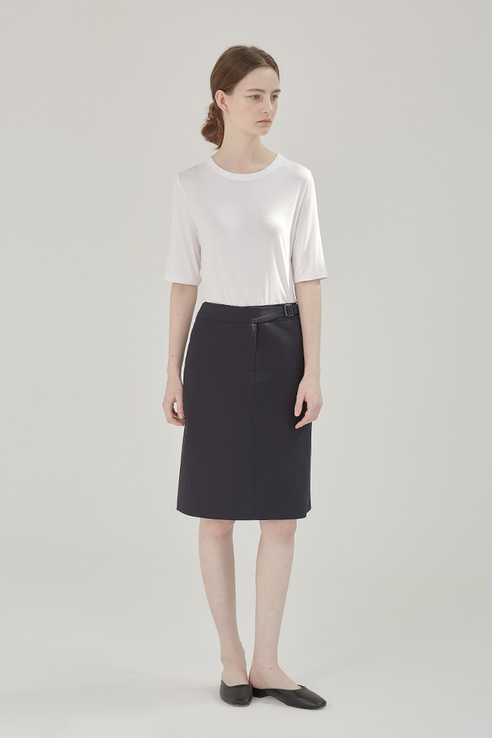 SIZE ADJUSTER SKIRT - NAVY